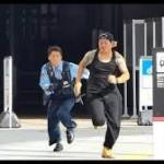 【いたずらドッキリ動画】警官の前で「白い粉」を落として逃げるYoutuberドッキリ動画、犯罪なのでは?