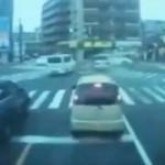 【福岡事故】暴走してきた車が交差点に…
